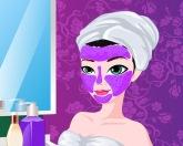 Мама делает макияж