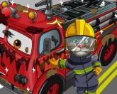 Том моет пожарную машину