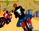 Пустынные гонки байкеров