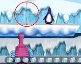 Расстрел пингвинов льдышками