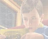 Собери картинку - мальчик герой