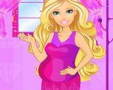 Беременная Барби у врача