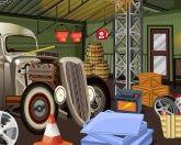 Побег из старого гаража