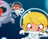 Сара в космосе