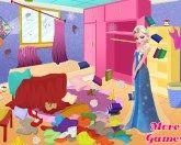 Уборка в спальне Эльзы