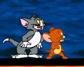 Том и Джерри на побережье